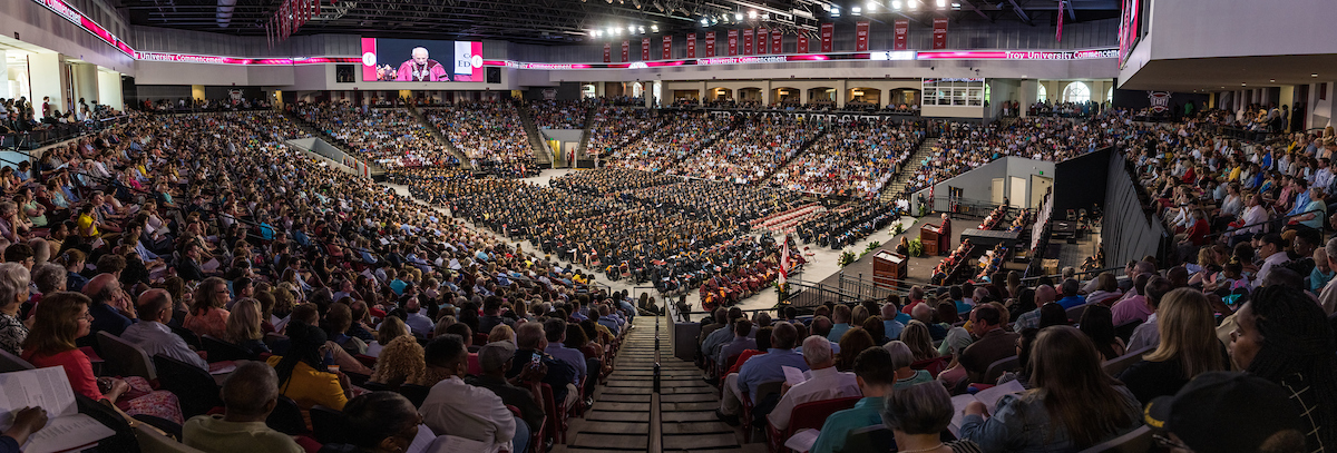 Spring 2019 Commencement at Troy University