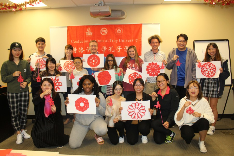 troy students participated in Chinese papercutting workshop