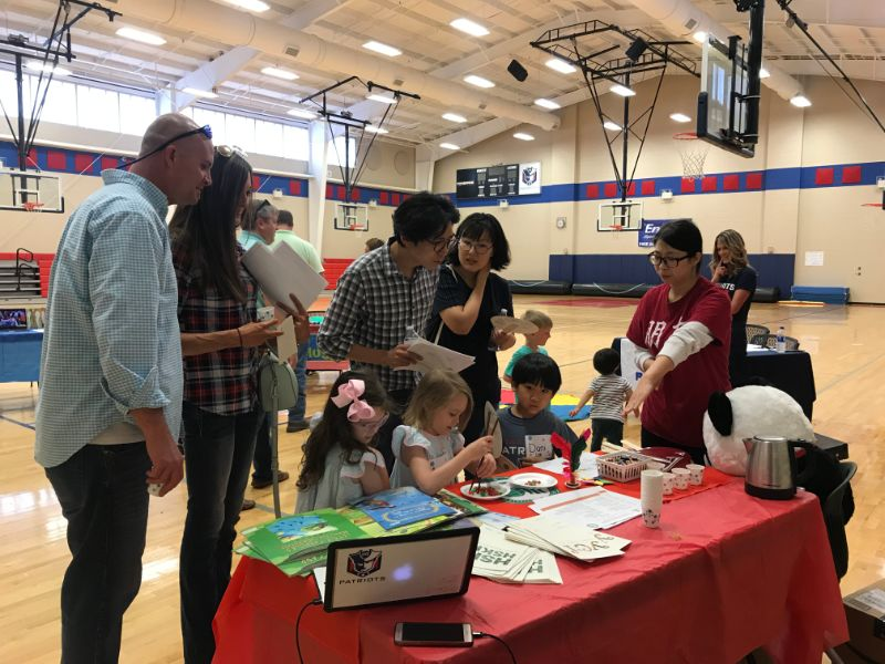 families were interested in Chinese culture at the event