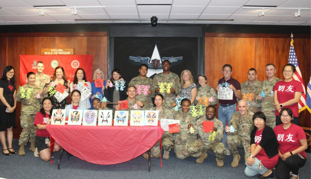 A group picture of CIT staffs and soldiers Fort Rucker Base at Dothan.
