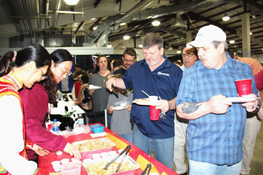 the participants interested in chinese food at the event