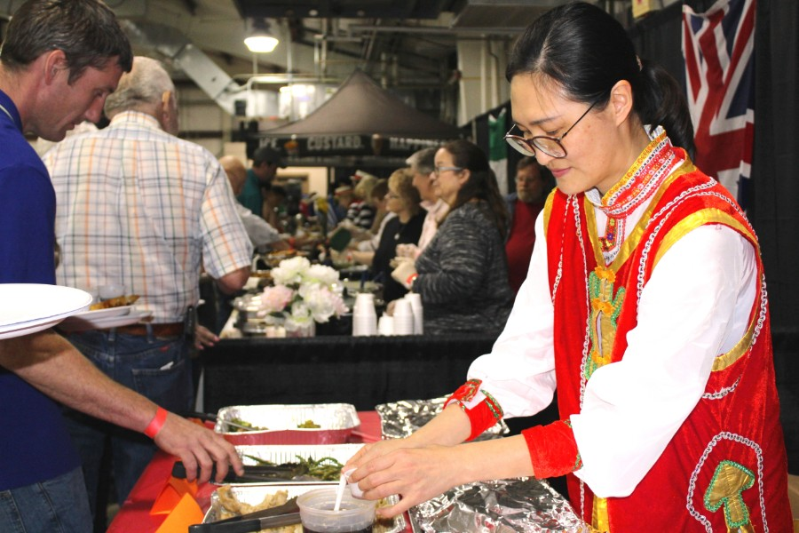 chinese scholar served chinese food at the event