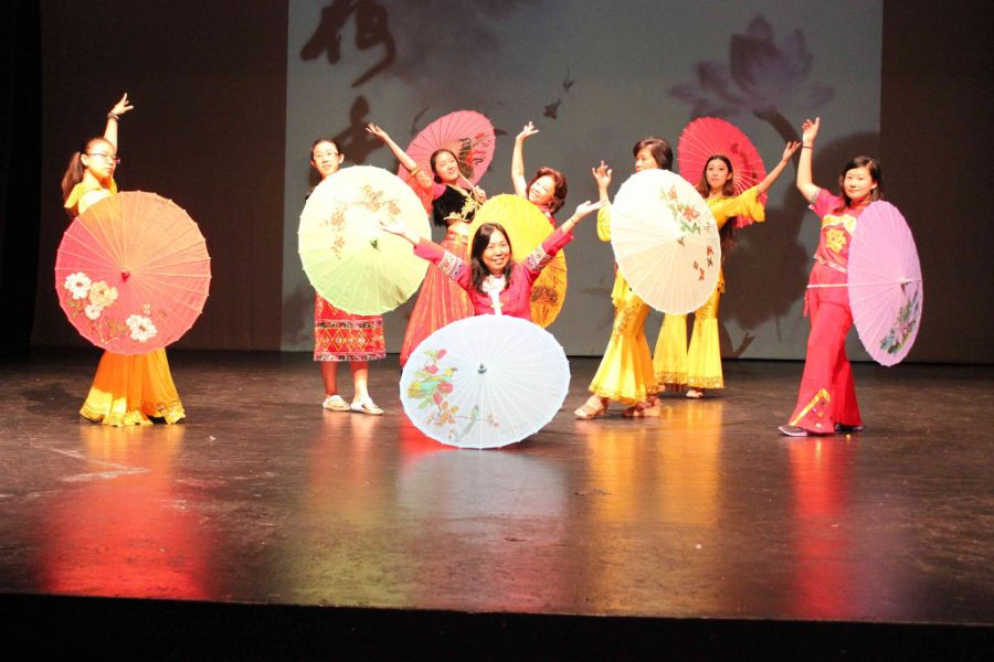 students performed chinese umbrella dance