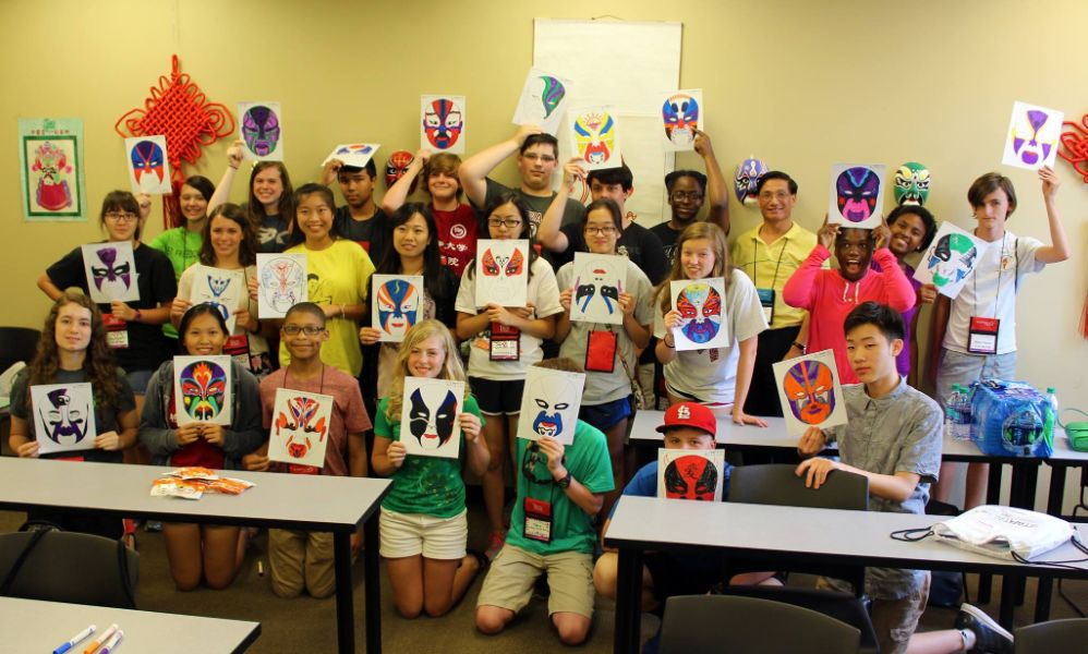 chinese masks workshop during the summer camp