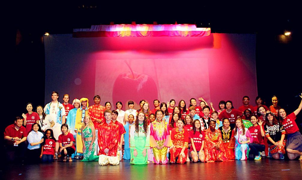 group picture of the students in fashion show of chinese costumes