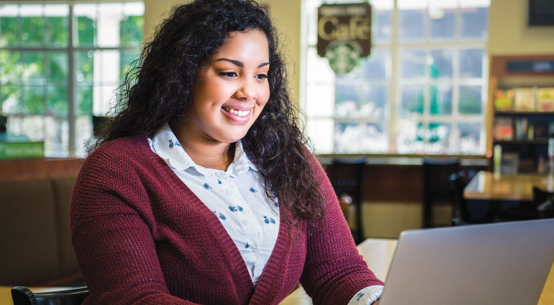 Troy University student taking online classes