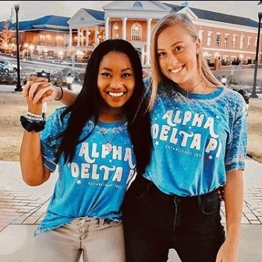 Alpha Delta Pi sisters at Troy University